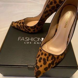 Gorgeous never worn heels!